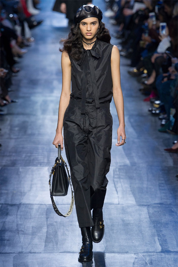 Модни тенденции за Есен/Зима 2017 от Седмицата на модата в Париж